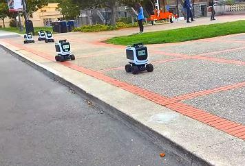 Kiwibot es el robot que transporta la comida a domicilio