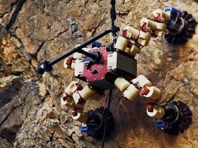 La Agencia espacial de los estados unidos crea un Robot escalador